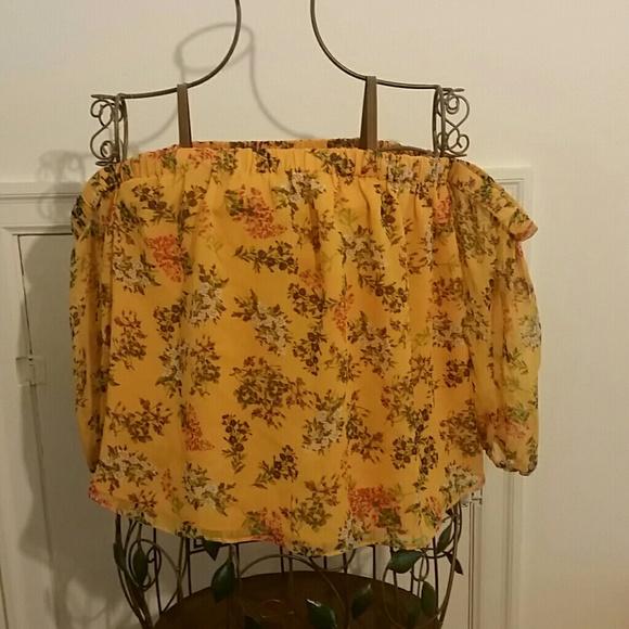 ae399b2511264 Ella Moss Poetic Garden Of Shoulder Silk Top